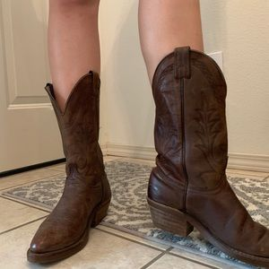 Dark brown cowgirl boots!